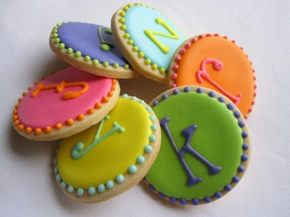 Monogram Cookies. If only I could make these letter fonts!