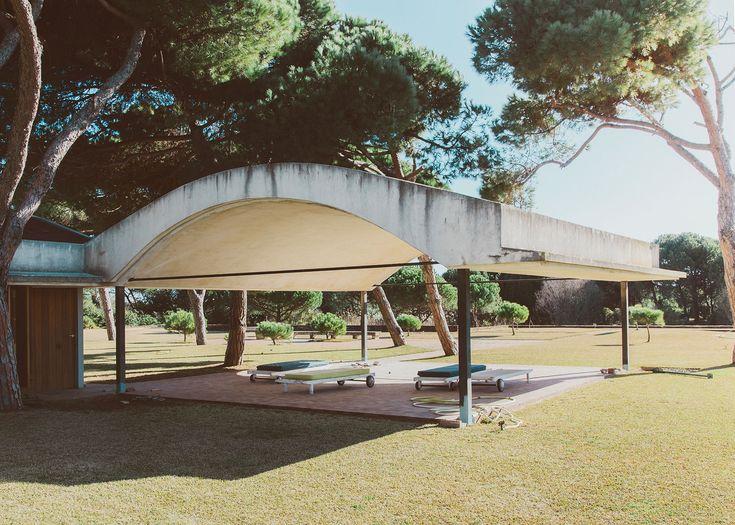 La Ricarda   Salva López. Concrete pavillion.