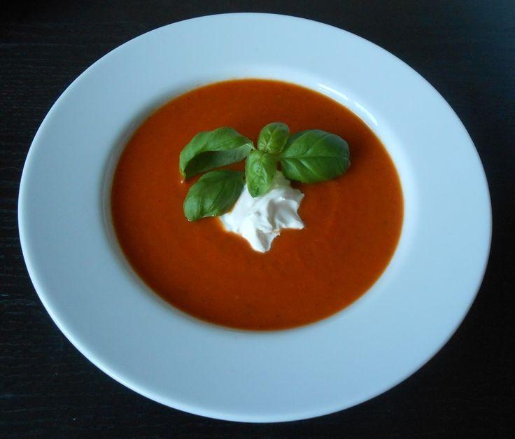 Tomatensuppe aus frischen Tomaten, ein beliebtes Rezept aus der Kategorie Gemüse. Bewertungen: 1. Durchschnitt: Ø 3,0.