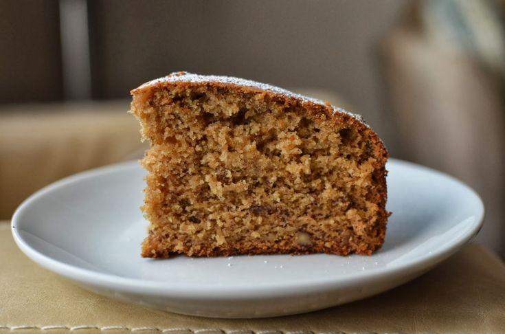 Κέικ κανέλας με ταχίνι και μέλι