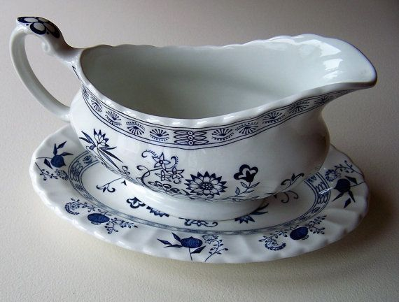 J & G Meakin Blue Nordic Sauce/Gravy Boat and by IngliVintage