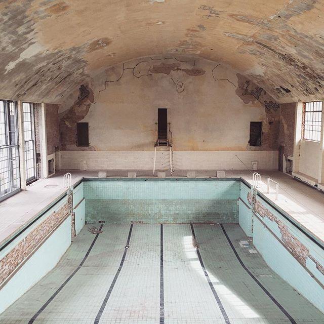 25+ Best Ideas About Schwimmbad Berlin On Pinterest | Schwimmen ... 15 Sport Schwimmbad Designs