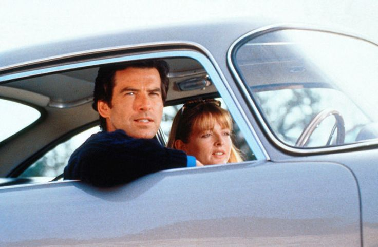 Pierce Brosnan as James Bond and Serena Gordon as Caroline in 1995's Goldeneye.