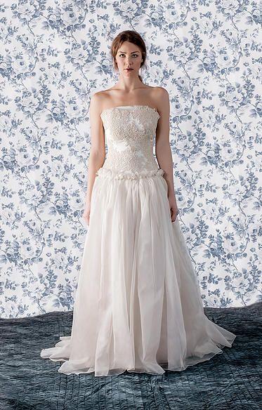 undorn #undorn #undornbridal #bridetobe #weddinginspiration #weddinggown