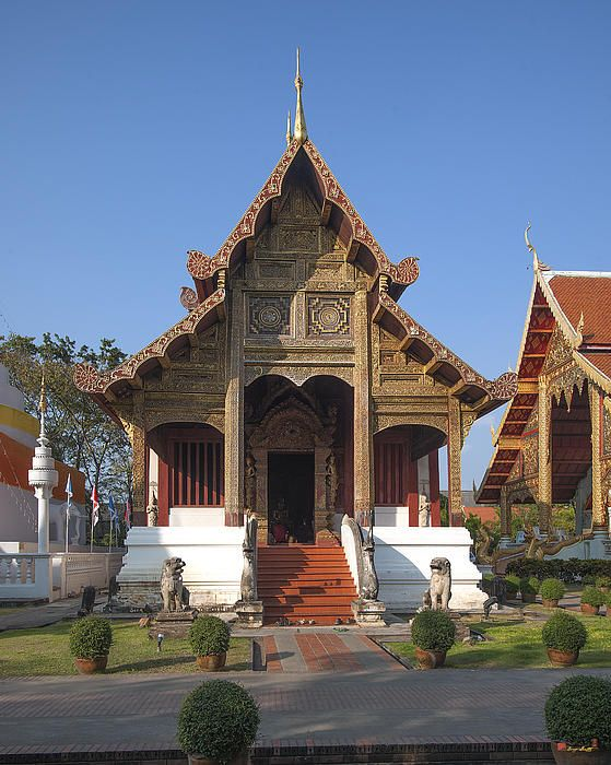 2013 Photograph, Wat Phra Singh Phra Ubosot, Tambon Phra Sing, Mueang Chiang Mai District, Chiang Mai Province, Thailand. © 2013.  ภาพถ่าย ๒๕๕๖ วัดพระสิงห์ พระอุโบสถ ตำบลพระสิงห์ เมืองเชียงใหม่ จังหวัดเชียงใหม่ ประเทศไทย