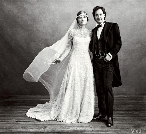 La corona per la #sposa: idee e consigli per abbinarla al vestito che hai scelto per il tuo #matrimonio, al tipo di acconciatura e allo stile della cerimonia