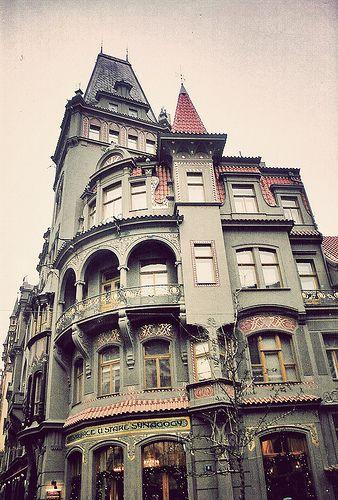victorian: Dreams Houses, Building, Arches, Diagon Alley, Prague Czech Republic, Harry Potter, Places, Architecture, Victorian Houses