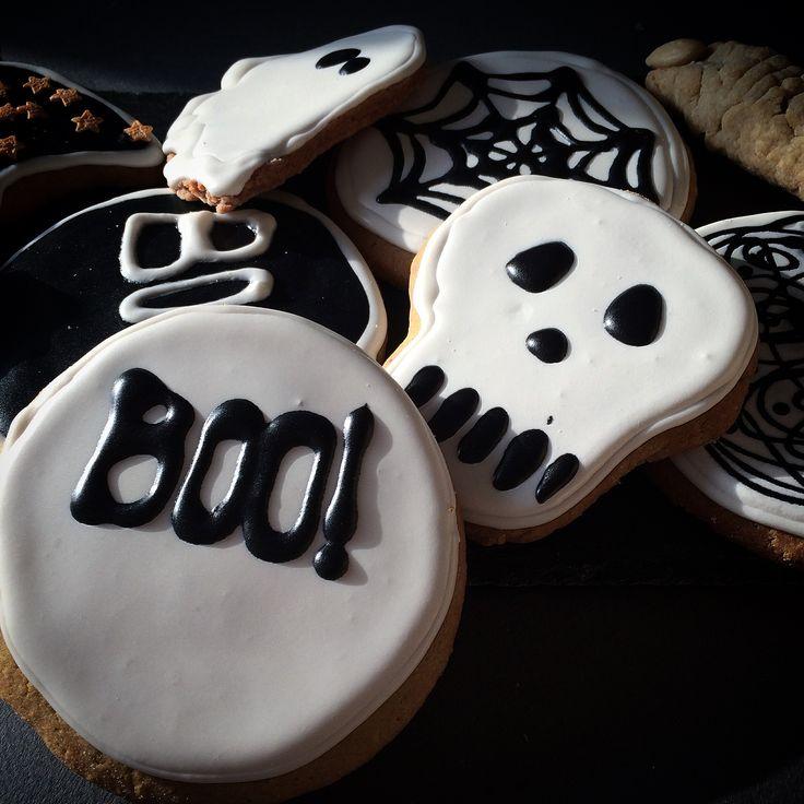 halloween cookies boo