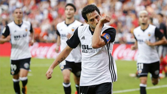 Resumen y goles del Valencia - Athletic (3-2) partido de la jornada 7 http://www.sport.es/es/noticias/laliga/valencia-reina-batalla-ante-athletic-6324901?utm_source=rss-noticias&utm_medium=feed&utm_campaign=laliga