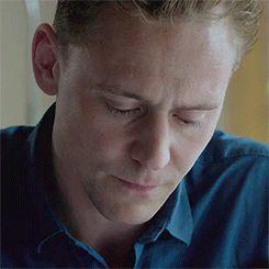 Ich seufzte und riß meinen Blick gewaltsam von ihm los, um in die tränengefüllten, leuchteten Augen meines Mannes zu schauen