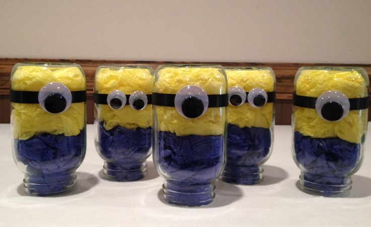 Minion Centerpieces - Cheap & Easy | Minion Party | Pinterest ...