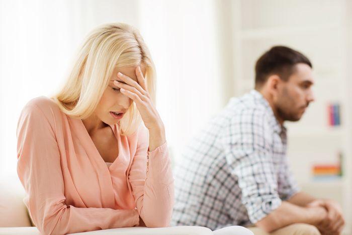 Eindelijk zijn we in relatietherapie om onze relatieproblemen aan te pakken en ik ben positief verrast over hoe dicht onze gevoelens en ideeën eigenlijk bij elkaar liggen, ondanks de verschillen. Er is hoop. https://www.mamsatwork.nl/relatieproblemen-oplossen/