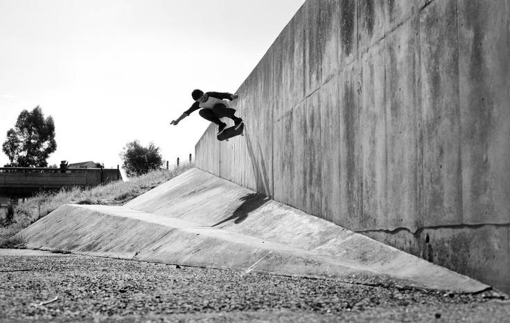 Capetonian Loucas Polydorou (http://skatingthroughtraffic.tumblr.com/) doing a concrete wall ride. Image by Sam Clark