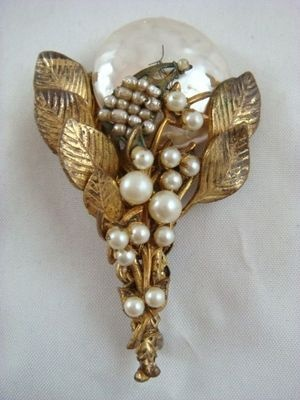 Vintage Miriam Haskell Signed Floral Bouquet And Moon Gold Tone Brooch Pin