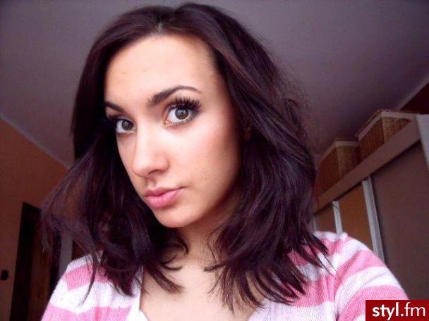 Vlasy po ramena :)