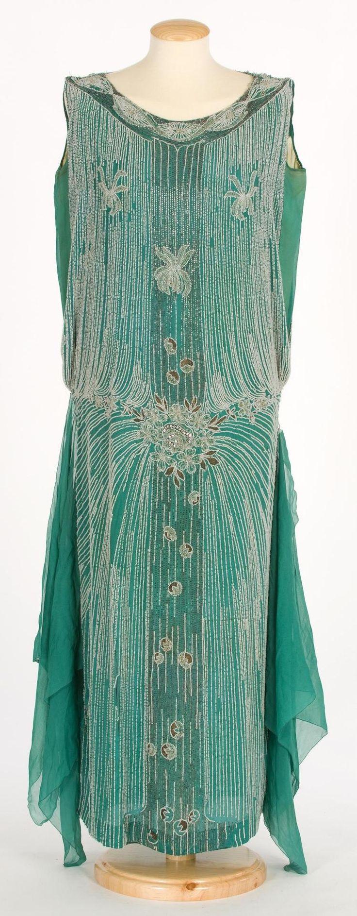 Flapper Dress. 1920s