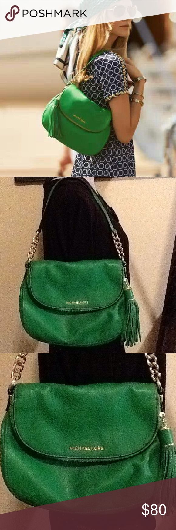 Michael Kors Kelly green shoulder bag Great used condition, very little wear as shown in pictures. Purchased from Norstrom's . Kelly green with gold zipper and logo. 11 inches wide and 9 inches high. So many compartments! Michael Kors Bags Shoulder Bags