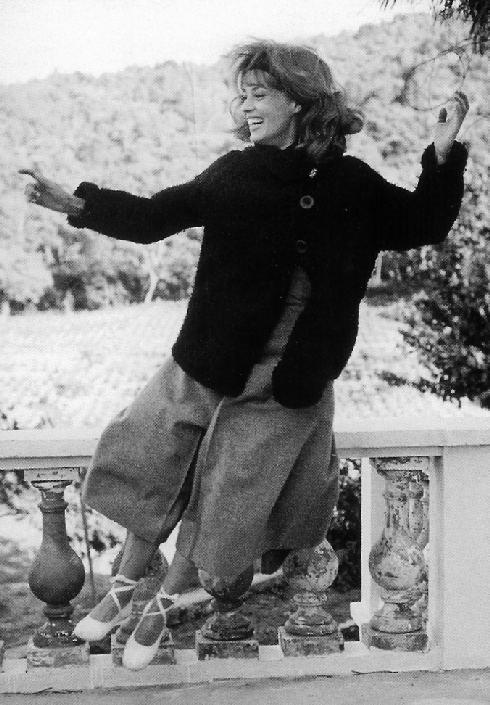Jeanne Moreau en espadrilles