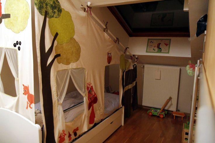 Je crée sur mesure des tentes de lit, cabanes pour enfant ou séparateur d'espace sur le thème de votre choix : cabane dans la forêt, animaux de la jungle, château de princesse - 8158131