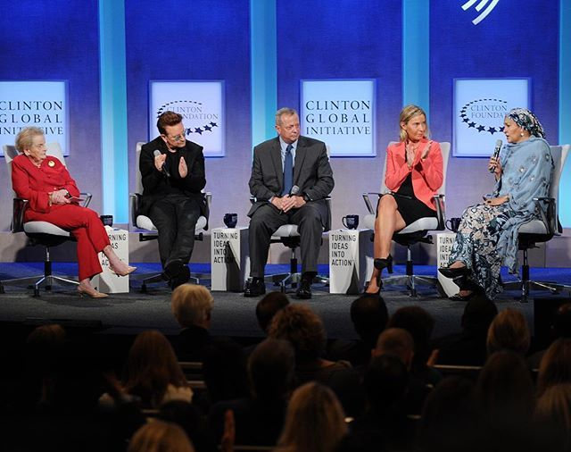 Partnering for global prosperity: #HRVP Federica #Mogherini discussing EU $50bn investment plan for #Africa with #madeleinealbright #Bono @aminajmohammed #GenAllen  @unitednations #CGI2016 #NY #NewYork #US