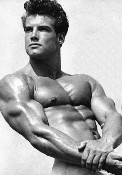 Famed Hercules actor & bodybuilder Steve Reeves died on this day today in 2000! #hercules #bodybuilding