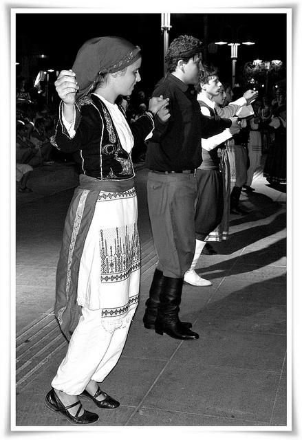 Traditional dances in Rethimno, Crete by Eleanna Kounoupa (Melissa), via Flickr