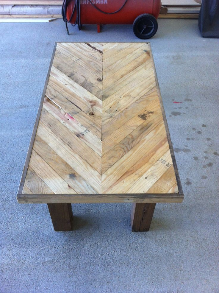 Chevron Pallet Board Coffee Table Coffee Tables