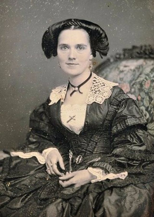 vintage everyday: Victorian Women Hairstyles: One of the ...