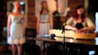 Laulu Paivalle Kardemimmit - YouTube