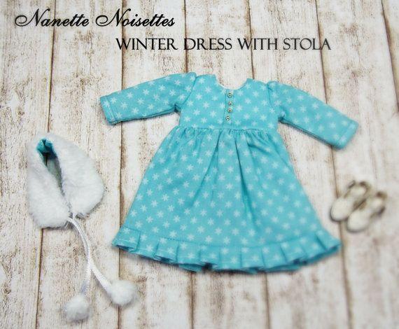 Nanette Noisettes Winterkleid mit Pelzstola für Blythe #11