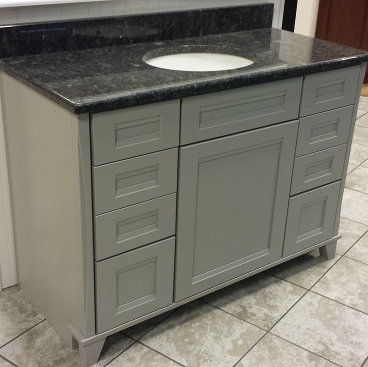 Best Kraftmaid Vanity Pebble Grey With Steel Grey Granite Top 640 x 480