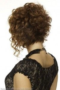 Por encargo: Elegantes cortes de pelo cortos rizados | http://www.cortesdepelomujer.net/cortes-de-pelo-para-mujeres/por-encargo-elegantes-cortes-de-pelo-cortos-rizados/893/