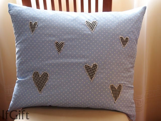 pillow with harts / poduszka z sercami