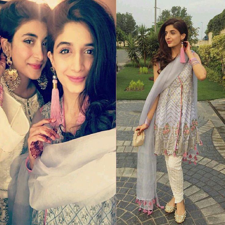 Mawra Hocane Eid Day 2017 ❤ with her Sister Urwa Hocane! #Beautiful #Lovely #PrettyGirls #UrwaHocane #MawraHocane #EidUlFiter #EidWearing #LuxuryFashion #SummerCasual #PakistaniFashion #PakistaniCelebrities ✨