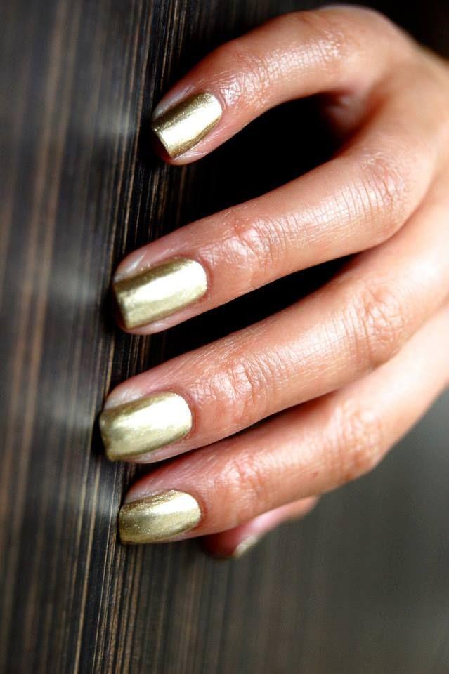 10 best Nail polish images on Pinterest   Nail polish, Cnd vinylux ...