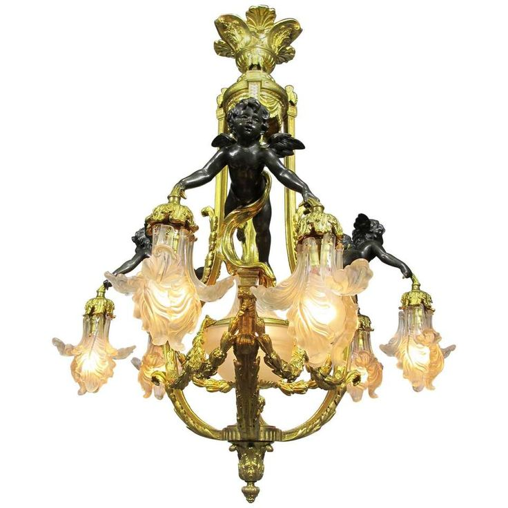 Fine French 19th-20th Century Belle Époque Gilt Bronze Cherub Chandelier For Sale