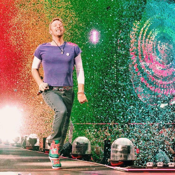 "Polubienia: 63.6 tys., komentarze: 246 – Coldplay (@coldplay) na Instagramie: ""#ColdplayCardiff is go! R42"""