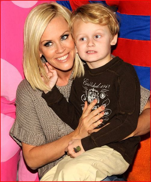 jenny mccarthy's son never had autism...turns out vaccines don't cause autism. Lol.