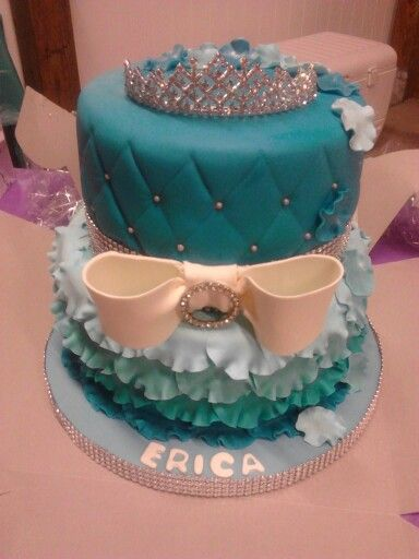 My 17th birthday cake! Perfect for a teen girls birthday. Maybe even a sweet sixteen cake. #cake #blue #princess