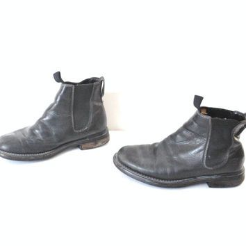 size 8.5 Timberland CHELSEA boots / early 90s GRUNGE minimalist black leather…