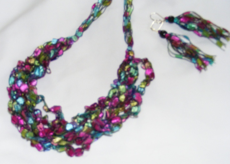 27 Best Images About Yarn Necklaces On Pinterest Crochet