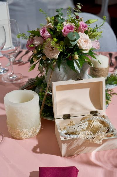 LIFE LACE table