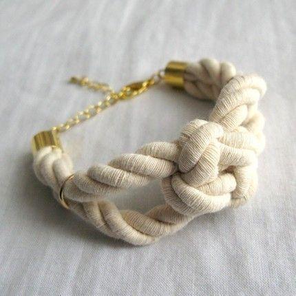 Sailor Knot Bracelet: chunky cotton rope bracelet with square sailor's knot. cute!