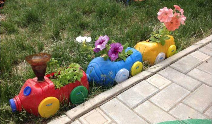 Поделки из пластиковых бутылок для дома и сада: необычные ...