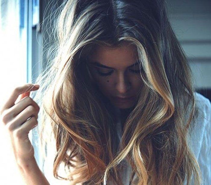 Πώς να προστατέψεις τα μαλλιά σου από τον ήλιο, το χλώριο και το αλάτι - http://ipop.gr/themata/frontizw/pos-na-prostatepsis-ta-mallia-sou-apo-ton-ilio-chlorio-ke-alati/