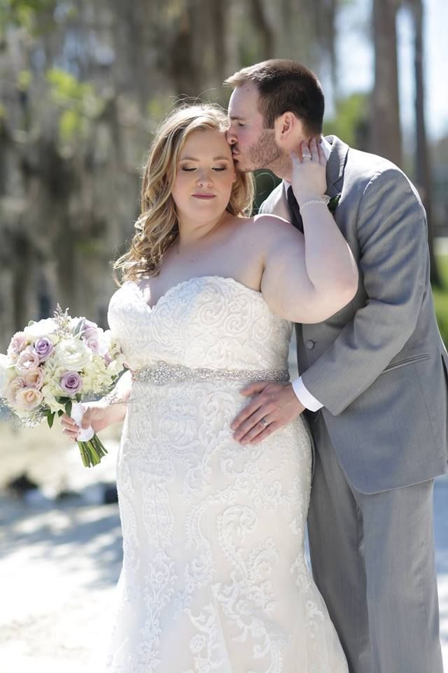 Best 25 Curvy Bride Ideas On Pinterest Curvy Wedding