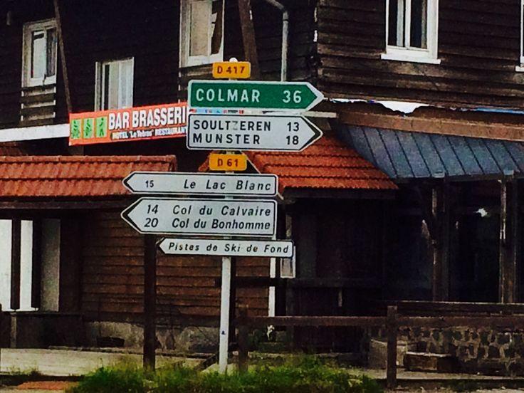 Col de la Schlucht: bord bij afslag naar Col du Bonhomme.