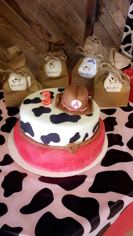 Cow print cake