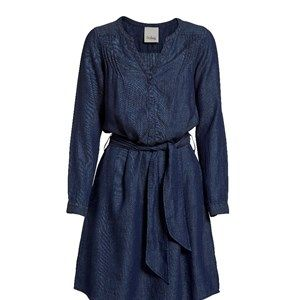 Sustainable denim dress, dark blue. Beautiful and feminine denim dress with tie-string and pleats. Made from Lyocell and linen.