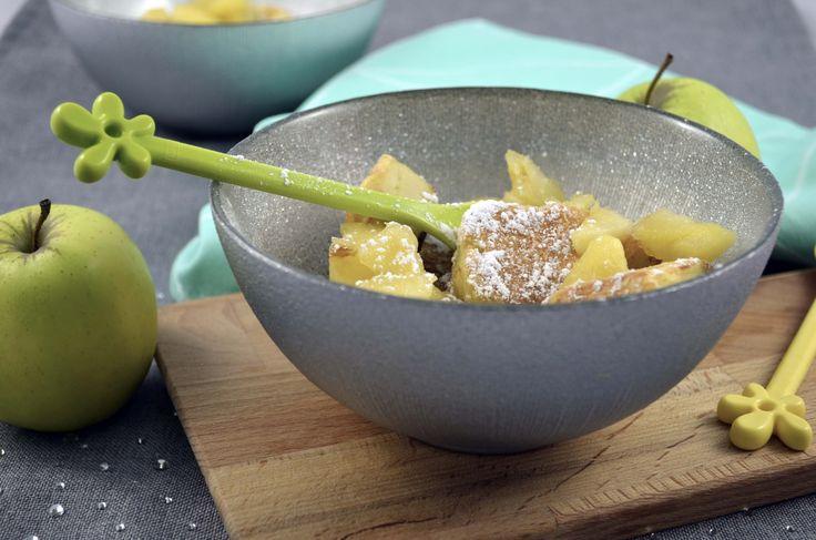 Voici venu le temps de la Chandeleur !A vos pôeles, bilic et autres plaques à crêpes . Voici proposée par Julie Alves, une recette originale venue d'Autriche et revisitée par notre bloggeuse et pâtissiere préférée : le Kaiserschmarrn, un gâteau de crêpes gourmande, avec des pommes légèrement...http://touraine.julienbinz.com/Le-Kaiserschmarrn-ou-les-crepes-autrichiennes-par-Julie-Alves-bloggeuse-et-patissiere_a516.html